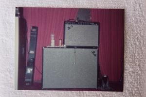 Fender amp and cabinet - Jon's?
