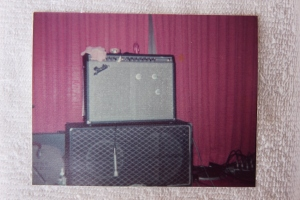 Fender amp with Vox cabinet