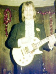 Jon onstage 1977 New Year's Eve